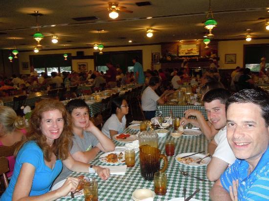 Good 'N Plenty Restaurant