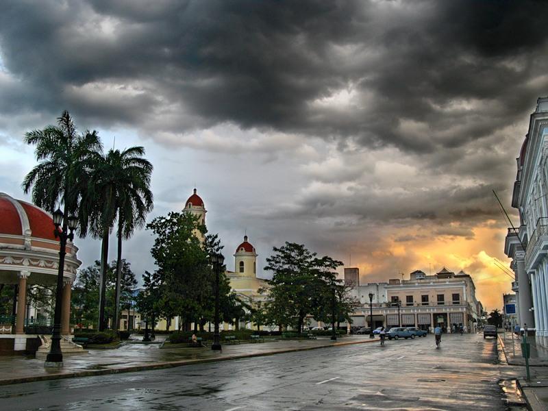 Сьенфуэгос
